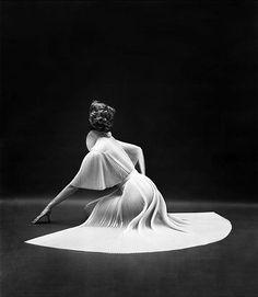 byMark Shaw, 1953 for Vanity Fair