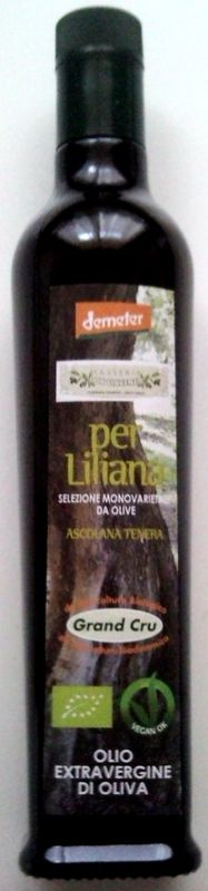 "Extra Virgin Olive Oil ""Masseria Don Vincenzo"" in purity of rare elegance and unique personality produced by Tenuta Zimarino"