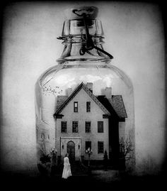 The house in a jar, moving and breathing just the like real thing
