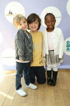 Cute picture of Mariska's kids Andrew, August and Amaya