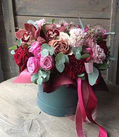 Bouquet Box, Flower Boxes, Amazing Flowers, Floral Arrangements, Floral Wreath, Wreaths, Rose, Plants, Pink