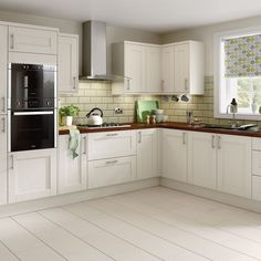 Kitchen Compare works with many big brands such as B&Q to ensure that you get the best price for your kitchen renovation Home Decor Kitchen, Country Kitchen, Kitchen Interior, New Kitchen, Home Kitchens, Kitchen Ideas, Shaker Kitchen, Kitchen Layout, Kitchen Design