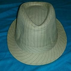 NWT FEDORA HAT UNISEX Beige with blue pinstripe. Accessories Hats