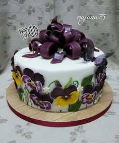 Cake with flower Holiday Recipes, Cake, Desserts, Holidays, Flower, Food, Tailgate Desserts, Deserts, Holidays Events