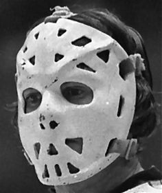 Vintage Goalie Mask Discussion Page :: Vintage Mask Gallery! Ice Hockey Teams, Hockey Goalie, Hockey Stuff, Nhl, Goalie Mask, Cosplay Armor, Buffalo Sabres, Masked Man, Montreal Canadiens