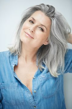 Silver model management is an international model agency based in Paris, representing top models over 40 years old for fashion, advertising, editorial and film Grey Blonde Hair, Long Gray Hair, Silver Grey Hair, Gray Hair Women, Grey Hair Natural, Grey Hair Styles For Women, Silver Haired Beauties, Grey Hair Inspiration, Gray Hair Growing Out