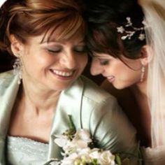 Mother of the bride photo idea