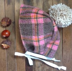 Bonnets for apple picking 🍎acorn hunting🍁conker collecting🍂