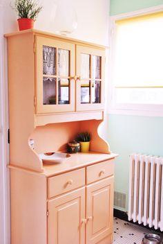vaisselier orange abricot relooké repeint peinture orange buffet