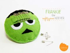 Frankenstein Safety Pin Holder for Halloween via Sewing Contributer @Onellyantie Chuah at A Nest for All Seasons