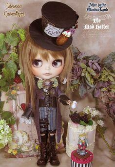Blythe custom doll @~~ alice in the wonderland