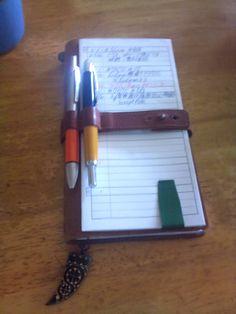 自作のToDoリスト   TRAVELER'S notebook みんなの投稿 - MIDORI, I like this pen holder and closure strap.