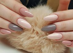@evatornado Grey and nude nails