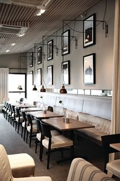 :: Havens South Designs :: loves the ceiling and wall mirrors in this cafe.