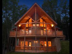 Delicieux Eagles Nest Luxury 3 Bedroom Gatlinburg Cabin Rental Is Located In Elk  Springs Resort And Has A Home Theater Room And Sauna.