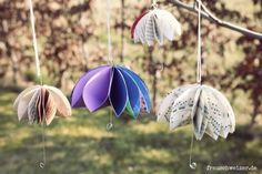 Passend zum Regenwetter habe eine tolle Anleitung für euch. Wie bastelt man einen süsse Regenschirm aus Papier. Die Schirme schauen total süss als Dekoration am Fenster oder an einem Strauch aus. Sie sind einfach zumachen in den verscheidensten Größen. Wie … weiterlesen