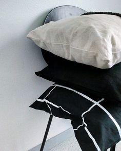 Kuvan kuvausta ei ole saatavilla. Marimekko, Bed Pillows, Pillow Cases, Black, Instagram, Design, Art, Style, Pillows