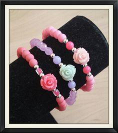 Bracelet with beads and Roses door BijouByMe op Etsy