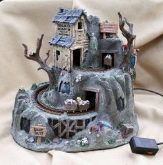 2006 LEMAX Spooky Town DEAD MAN'S MINE - Lights! Sound! Action! RETIRED (#64424)