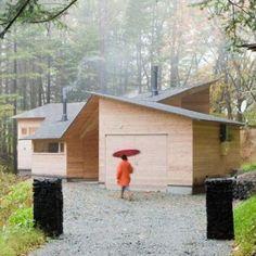Inbetween House by Koji Tsutsui Architect & Associates