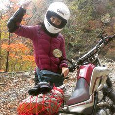 いいね!29件、コメント1件 ― motorcycle_cafetimeさん(@kaori_motorcycle)のInstagramアカウント: 「林道走りたい #セロー #栗原川林道#林道ツーリング#ユニクロ #バイカーファッション#プロテクター着けようね#SHOEI#バイク女子#バイク熟女#ガールズバイカー #girlsbiker」