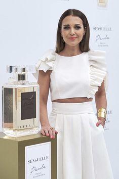 Paula Echevarria Presents 'Sensuelle' Fragrance Dresses For Teens, Modest Dresses, Simple Dresses, Summer Dresses, Midi Dresses, Club Dresses, Vestido Paula Echevarría, Chic Outfits, Fashion Outfits