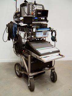 Sound recording trolley. Audio Studio, Recording Studio Home, Home Studio, Office Interior Design, Office Interiors, Home Theatre Sound, Audio Rack, Studio Layout, Mobile Office