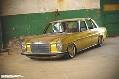 I have always admired the diversity of the automotive community. On every corner of the globe you can find car enthusiast displaying their automotive treasure. Mercedes 230, Mercedes W114, Classic Mercedes, Mercedes Benz Cars, Mercedes Wheels, Bobbers, Austin Cars, Automobile, Classy Cars