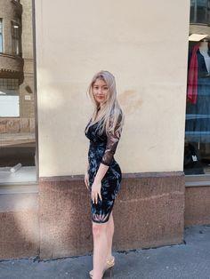 #dresses #summer #fashion #outfits #onlineshopping #online  #spring #summerstyle #springstyle  #suomalainen #suomi #helsinki #muoti #mekko #naistenmuoti Boutique Dresses, Leather Skirt, Capri, Helsinki, Bodycon Dress, Spring, Skirts, Style, Fashion