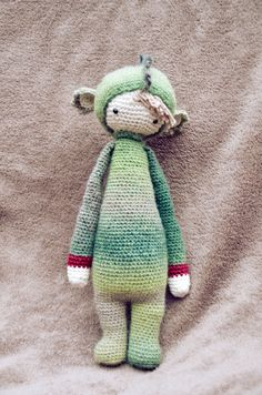 DIRK the dragon made by Marlisa S. / crochet pattern by lalylala