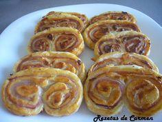 Palmeras de jamón y queso http://www.rezetasdecarmen.com/2012/02/palmeras-de-jamon-y-queso.html
