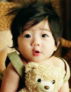 Asyalı bebek :))