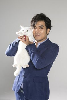 北村も猫「あなご」にデレデレ I Love Cats, Cute Cats, Funny Cats, Pet Trust, Animals And Pets, Cute Animals, Men With Cats, Cat Movie, Annie