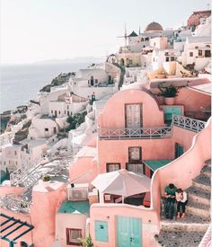 Inspiration via Santorini Sunsets ! Tag a friend that deserves a trip to Santorini! Oh The Places You'll Go, Places To Travel, Travel Destinations, Holiday Destinations, Beautiful World, Beautiful Places, Beautiful Beautiful, Voyager C'est Vivre, Travel Couple Quotes