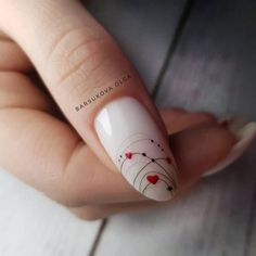 Маникюр паутинка in 2020 Elegant Nails, Classy Nails, Stylish Nails, Red Nail Art, Red Nails, Hair And Nails, Heart Nail Designs, Nail Art Designs, Valentine Nail Art