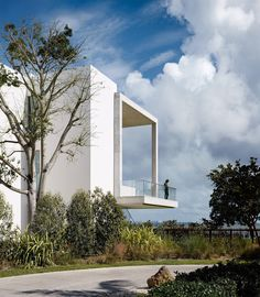 Filmmakeru0027s First Architectural Project Is Modernism Influenced Miami Villa