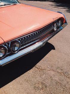 Imagem de aesthetic, car, and peachy