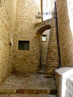 Castelmezzano (PZ) - Dolomiti Lucane  #TuscanyAgriturismoGiratola