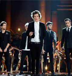 One Direction performing at the American Music Awards