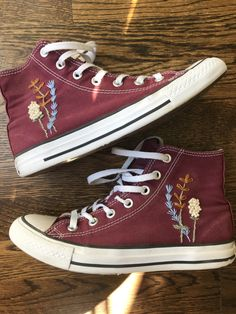 Embroidery Sneakers, Embroidery On Clothes, Embroidered Clothes, Simple Embroidery, Diy Fashion, Ideias Fashion, Converse Shoes, Diy Converse, Custom Converse