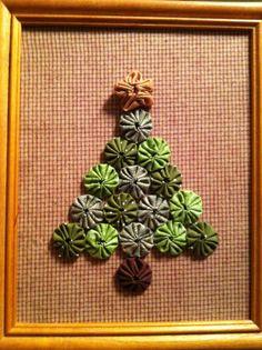 Yoyo Christmas Tree by auntieshandmade on Etsy, $20.00