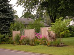 When we Are speaking about the home decoration, we cannot forget speaking about the Backyard Privacy Landscaping Ideas. Backyard -- the outdoor side of this Small Garden Landscape, Small Backyard Gardens, Small Backyard Landscaping, Small Space Gardening, Small Gardens, Garden Modern, Privacy Landscaping, Backyard Privacy, Backyard Fences