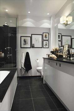 tavelvägg, svart vägg i dusch, vita väggar, kids