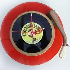 Kadootje voor de opening van Crossroads te Enschede. Leuk cafe voor rockabilly en blues en dat verdient een passend presentje: tijdloos ! Rockabilly, Music Instruments, Crane Car, Musical Instruments, Rock Style