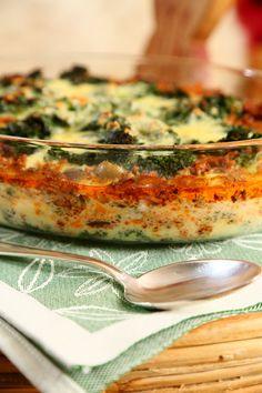 Ostsås (cheese sauce and Lasagne) Ostsås: 4 ekologiska ägg 250 g kesella 10% 1 dl grädde 3 dl riven, lagrad ost ca ½ tsk salt ca 1 krm vitpeppar 1 krm riven muskotnöt