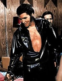 Elvis Presley and Sammy Davis Jr, Las Vegas Hilton Lisa Marie Presley, Priscilla Presley, King Elvis Presley, Rock And Roll, Most Beautiful Man, Gorgeous Men, Beautiful Voice, Hello Gorgeous, Beautiful Things
