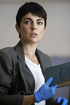Drama Series, Tv Series, Serinda Swan, Homicide Detective, Challenge The Status Quo, New Relationships, True Beauty, Tv Shows, Hair Cuts
