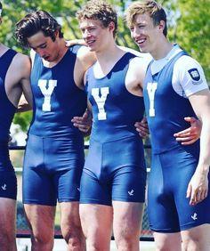 Locker Room Sports, Fit Men Bodies, Men In Tight Pants, Lycra Men, Abs Boys, Groom Pictures, Hunks Men, Beautiful Men Faces, Men In Uniform