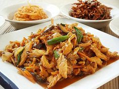 Spicy Chicken/ Dak Galbi | Korean Food Gallery |韓国スパイシーチキン/ DAK-カルビ   私はちょうど韓国人の食事を持っているように感じ、私に得て何を知りませんでした。私が計画していることを得たとき、私はに自分自身を得て何を知りませんでした。私は前に4 banchan(おかず)のうち3を作り、すべてのものは、表面上の単純なように見える。私はそれに取り組んで始めたときにだけ、唯一私が韓国語大根とネギをスライスするように、一日でそれをすべて行うときに、それが実際の仕事のかなり多くあったことを実現しました。その後、アンチョビともやしを調理するさまざまな方法。とにかく、短いそれをカットするために、私は準備全体の午後を過ごし、洗濯や背中の痛みで終わった、それは私があまりにも長い間立っていた平均値です。ハハハ....私は認めざるを得ない、私は台所で私の時間を利用したい、それは私がレストランの設定では動作できない理由を、私はすべての顧客が離れて歩くだろうと私はストレスのままになるように遅くなるのです。…