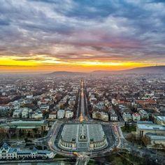 Budapest Hungary, Paris Skyline, Vineyard, Water, Blue, Travel, Curvy, Instagram, Gripe Water